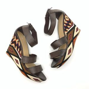 🔥4 for 25 CL by Laundry Brown Aztec Wedges